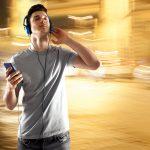 41665932 – listening music